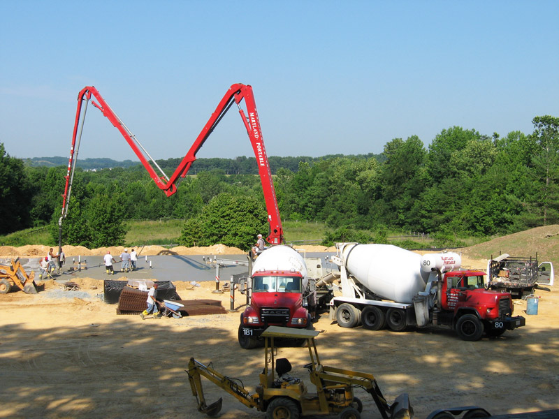 concrete pump trucks available in Maryland